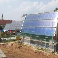 31.08.2013: Die ersten Sonnenstrahlen für die Solarthermieanlage.