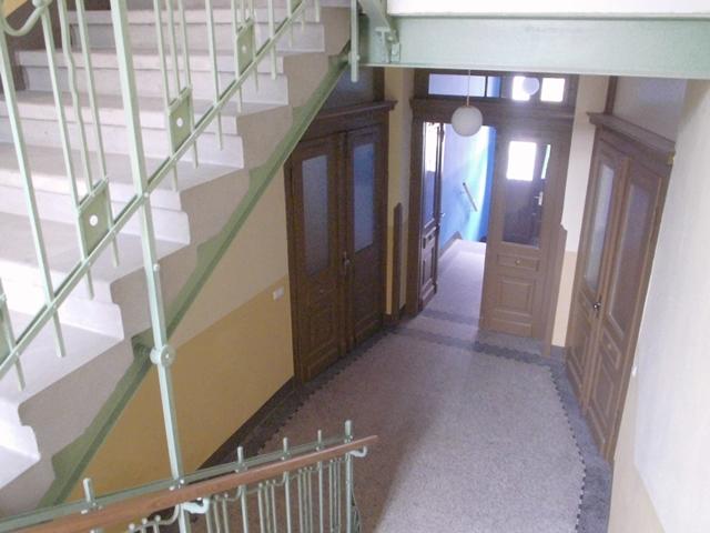 treppenhaussanierung altbau treppenhaus im altbau frisch. Black Bedroom Furniture Sets. Home Design Ideas