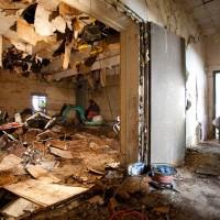 Das ehemalige Rechenzentrum R300 des Wohnungsbaukombinats der DDR wird erst einmal gründlich entkernt.
