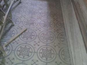 Erhaltenswert: Das originale Fußbodenmosaik