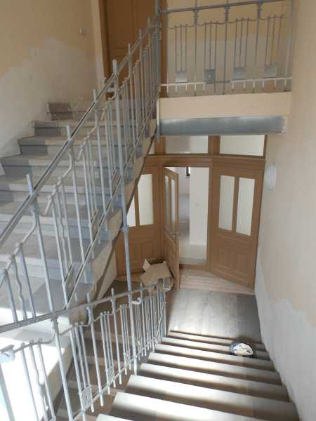 04 Dez Energetische Sanierung Im Bestand 2015 10 01 K17 Treppenhaus  Tueren Fertig 600