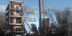 Solares Mehrfamilienhaus