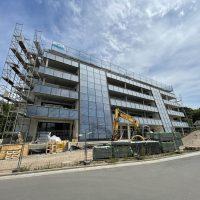 2021-06-15 kurz vor Abschluss der Fassadenarbeiten
